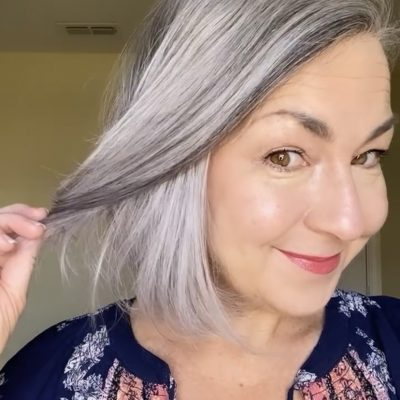 How to Adapt Makeup for Gray Hair in Five Easy Steps